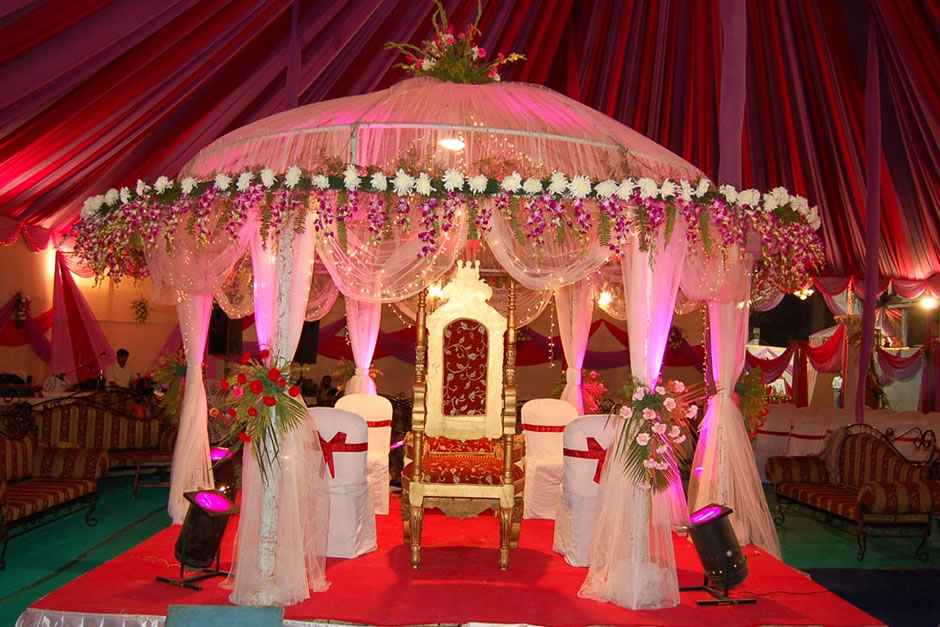 Asian wedding decoration ideas romantic decoration for Asian wedding decoration